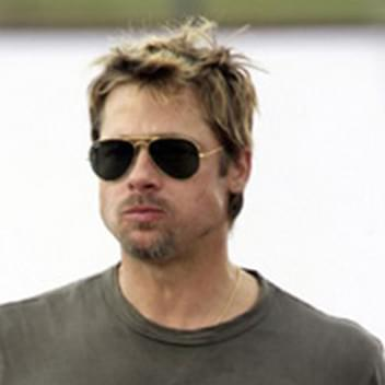 d164a24f3e Brad Pitt in Ray-Ban RB3025 Aviator Sunglasses – Celebrity ...