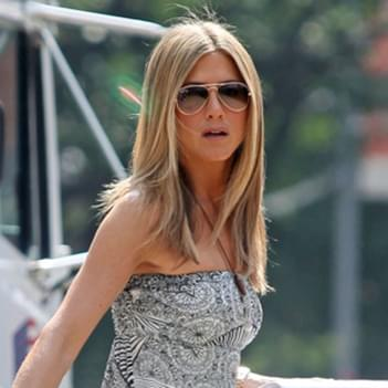 809be1732d Jennifer Aniston in Tom Ford Jennifer Sunglasses – Celebrity ...