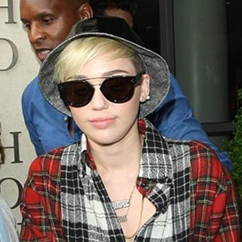 Celine In Cl41043 – Cyrus Celebrity Miley Sunglasses 3RL54Aj