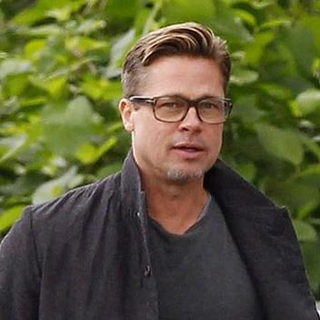 8f9eb9418e Brad Pitt in Rectangle Frame Glasses - Celebrity Glasses Spotter ...